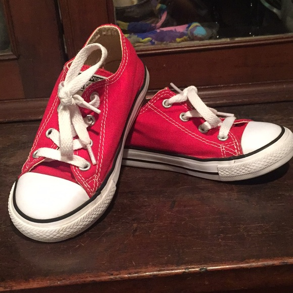converse Other - Little kid converse all star lo red size 9 GUC 9 c3d23e2d0